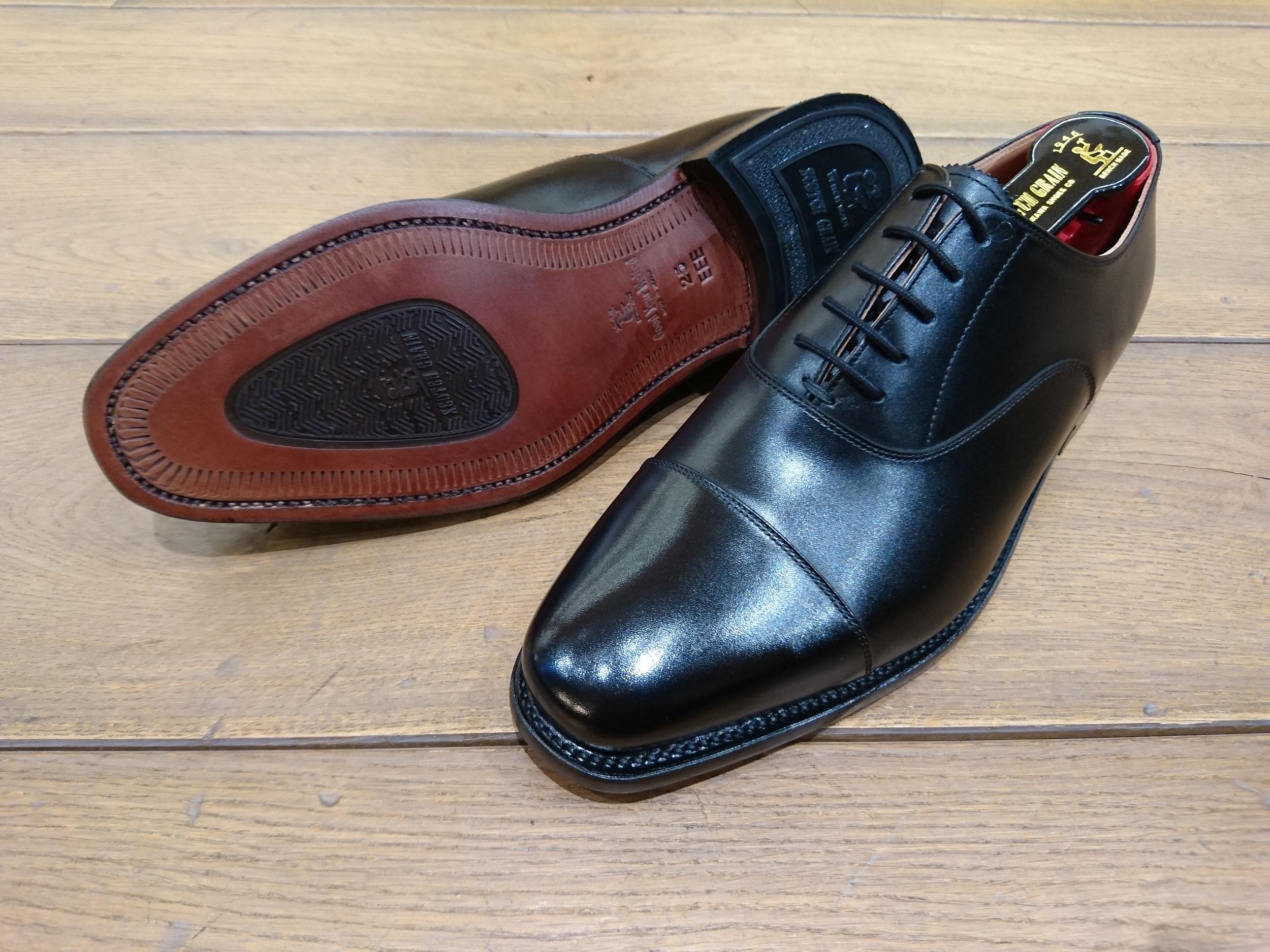 グレイン レイン スコッチ シャイン オア スコッチグレインの革靴「シャインオアレイン」なら雨の日でも快適通勤!!
